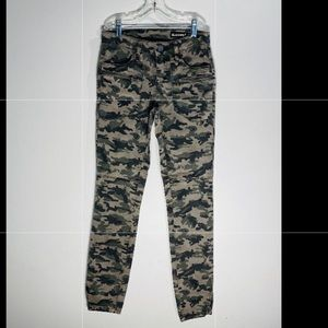 BLANK NYC**Camouflage Denim Pants**Size 24 $118